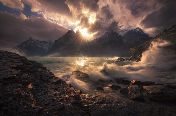Pôr do Sol - Torres Del Paine, Chile - Marc Adamus
